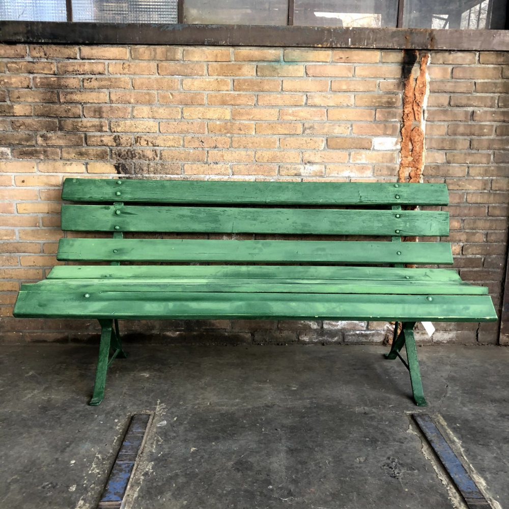 Groene tuinbank