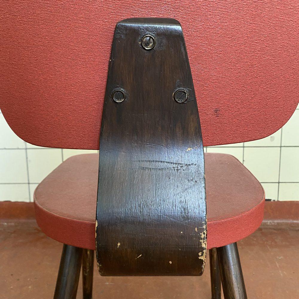 Retro houten stoel