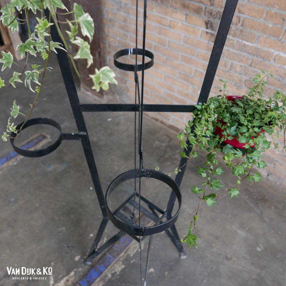 Metalen plantentafel