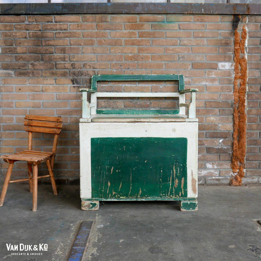 vintage kinderbank