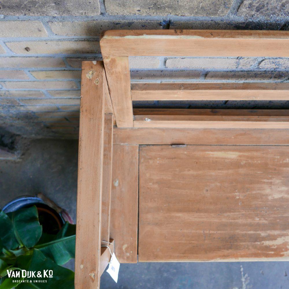 vintage houten klepbank