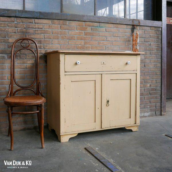 Vintage upcycled kastje
