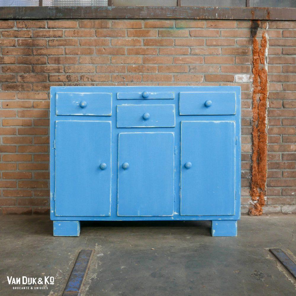 vintage blauwe ladekast