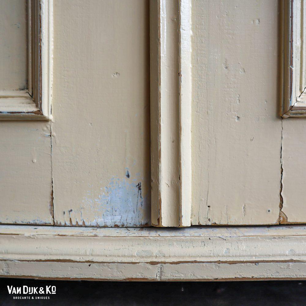 brocante vitrinekast