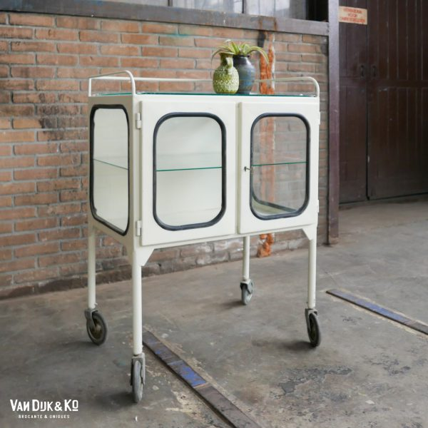 vintage apothekers trolley
