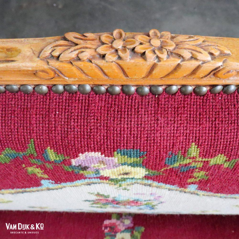 Barok bankje met bloemenprint