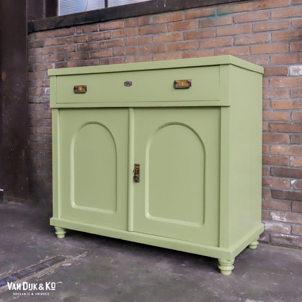 Groene commode