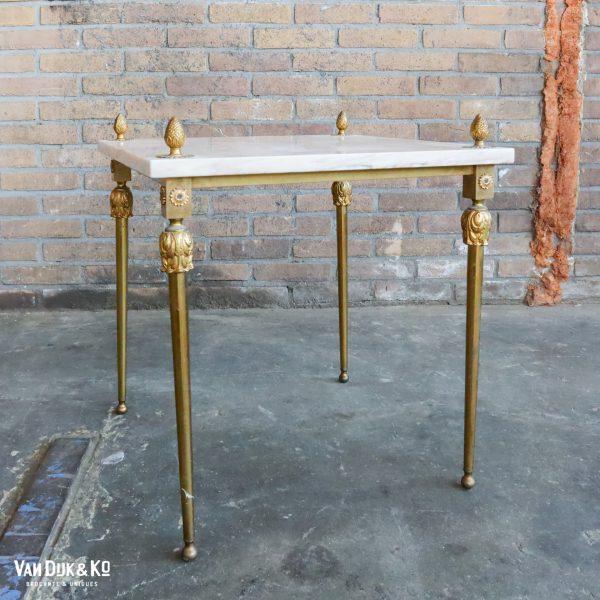 Vintage tafeltje met marmeren blad