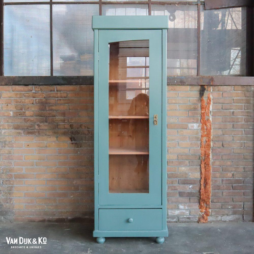 Eendeurs vitrinekast