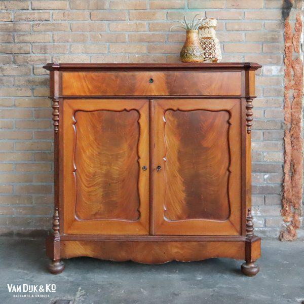 Vintage Biedermeier dressoir