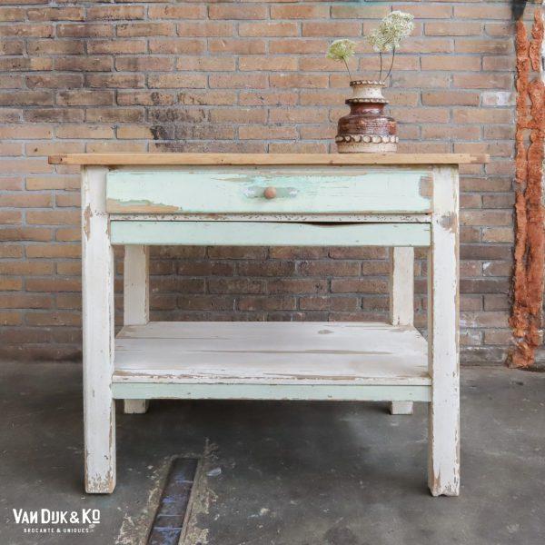 Brocante houten tafeltje
