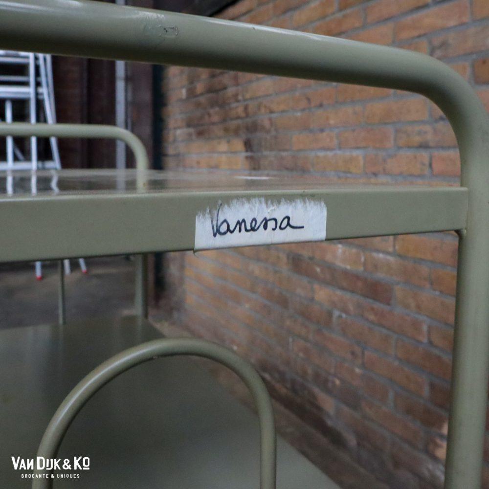 Vintage metalen trolley