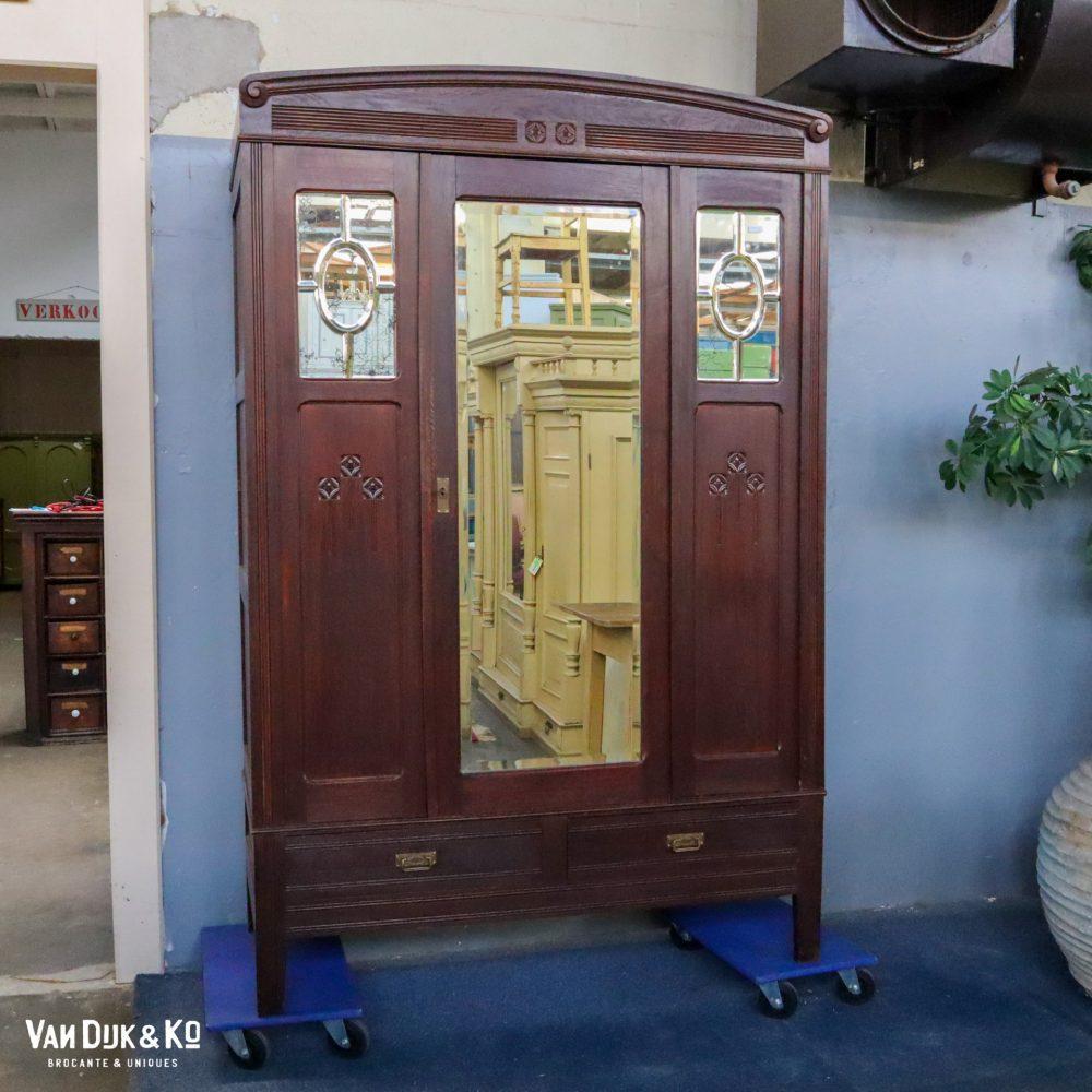 Vintage spiegelkast