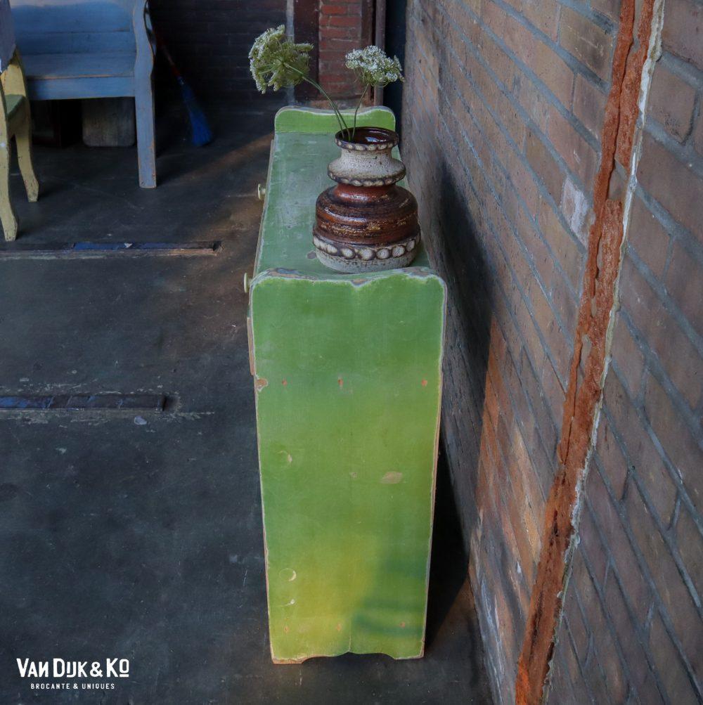 Brocante groen kastje