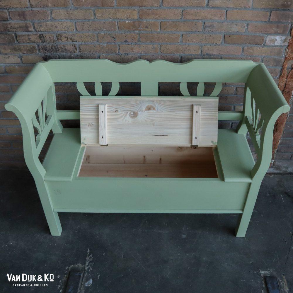 Groen kinderbankje bank