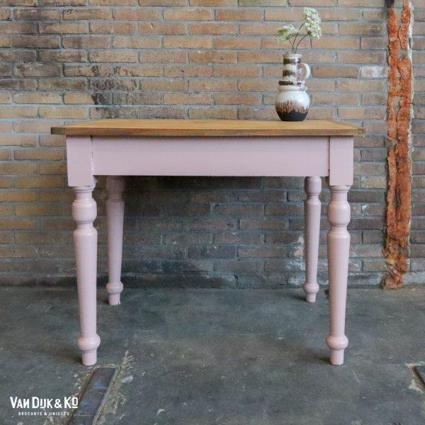 Roze tafel
