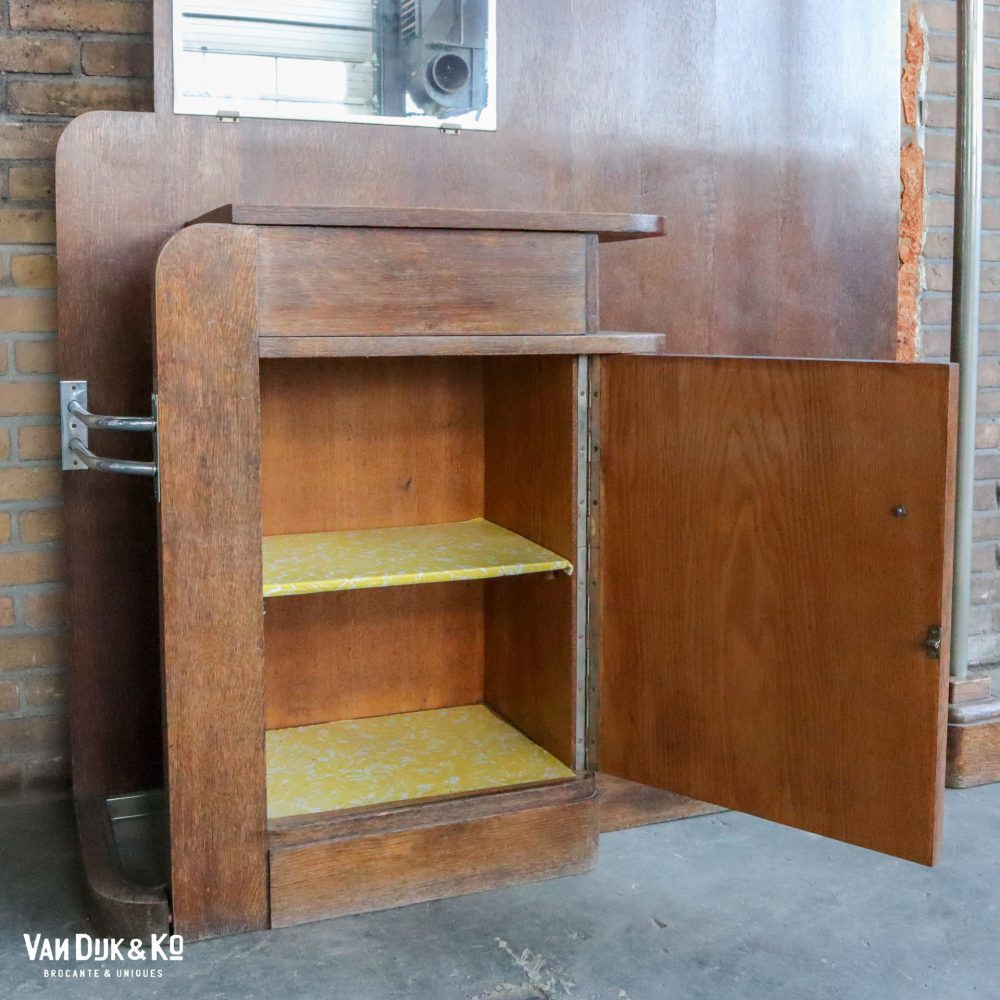 Retro houten kapstokmeubel