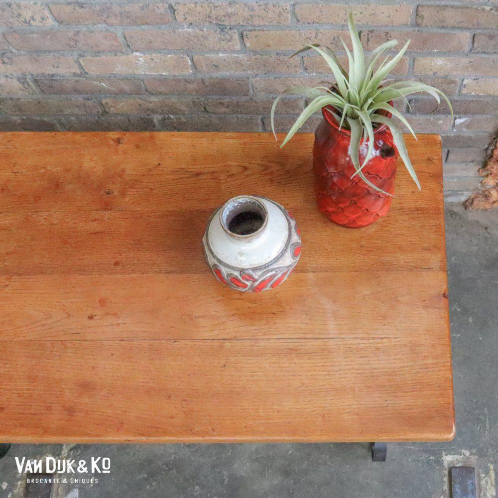 Gietijzeren salontafel