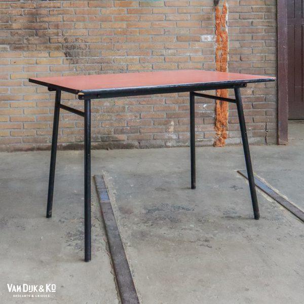 Vintage formica tafel