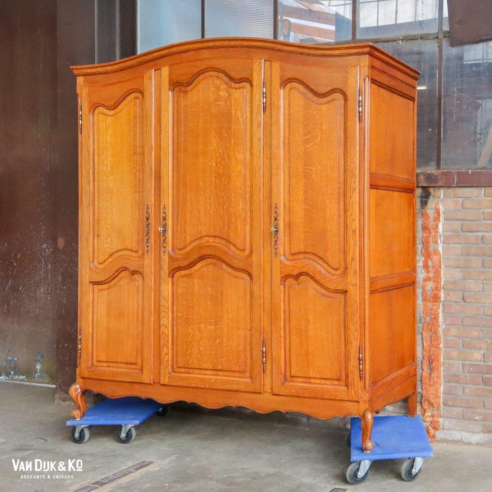 Vintage kledingkast - demontabel