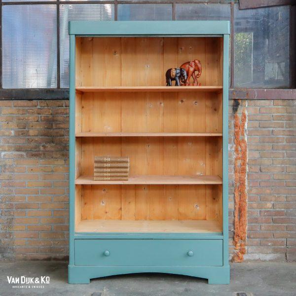 Brocante boekenkast
