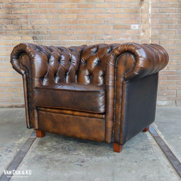 Leren fauteuil met Chesterfield look